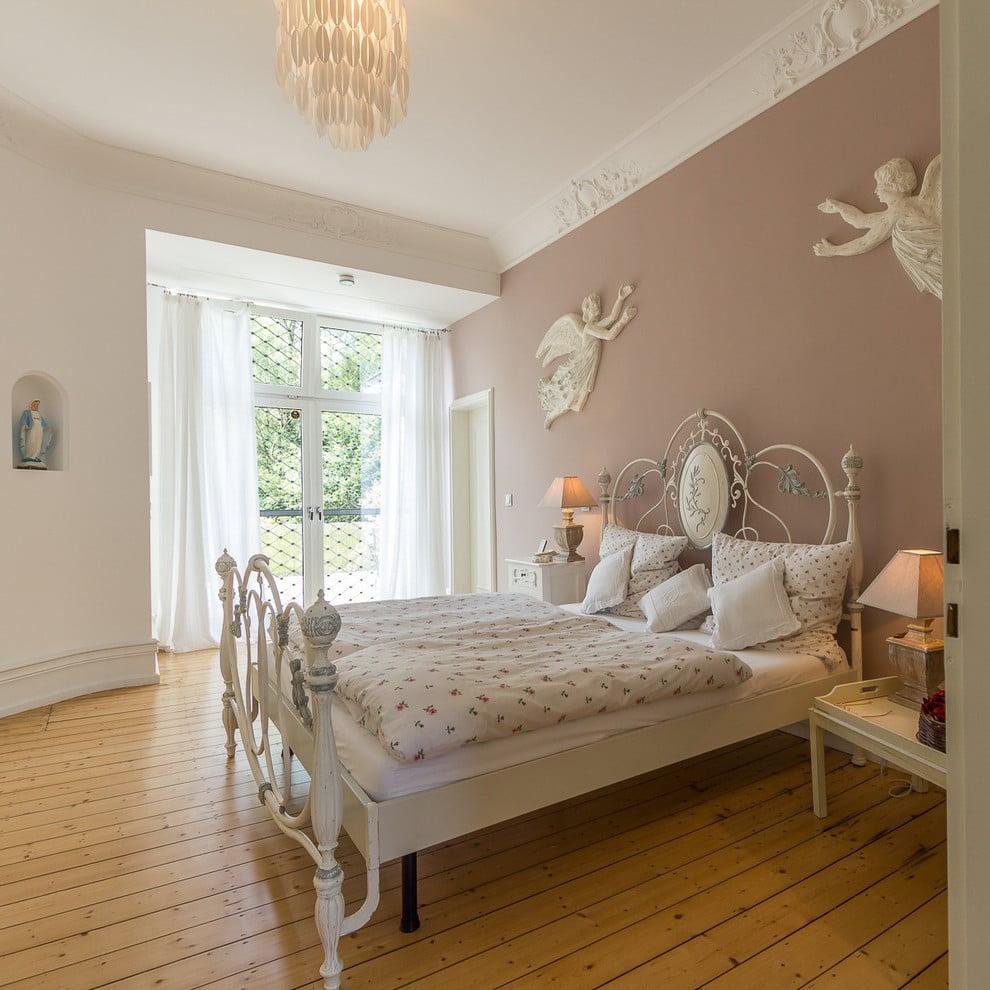 Altrosa Wandfarbe für Shabby Chic Schlafzimmer