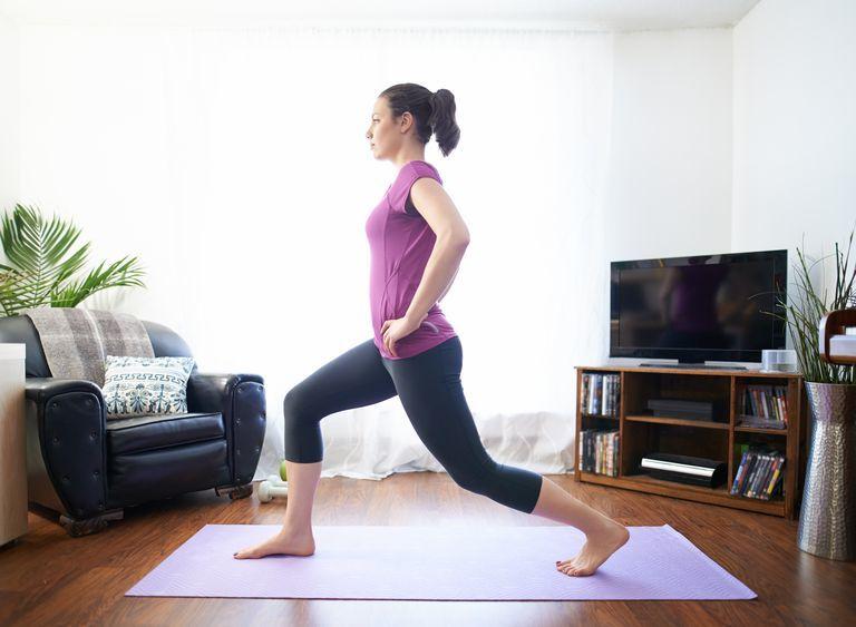 Workout für Zuhause für die beschäftigten Damen