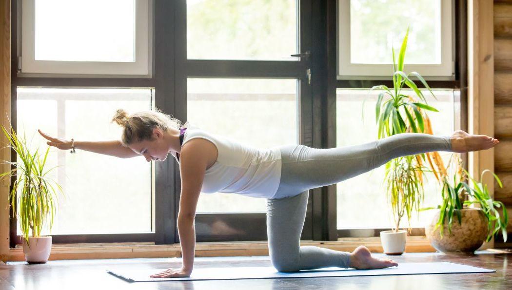 Workout für Zuhause: Yoga Übungen