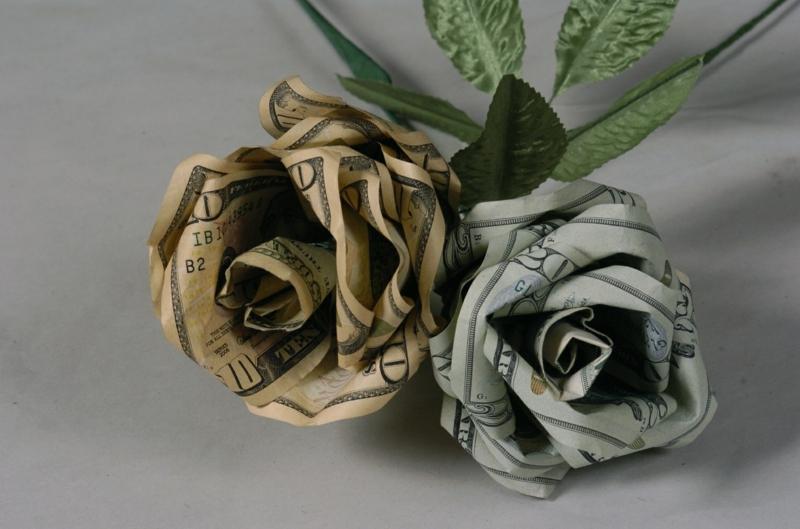 Geldscheine zu Rose falten Geschenk Hochzeit