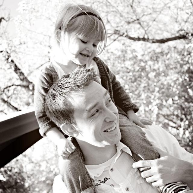 Vatertagsgeschenke basteln mit Kindern Foto Vater und Tochter