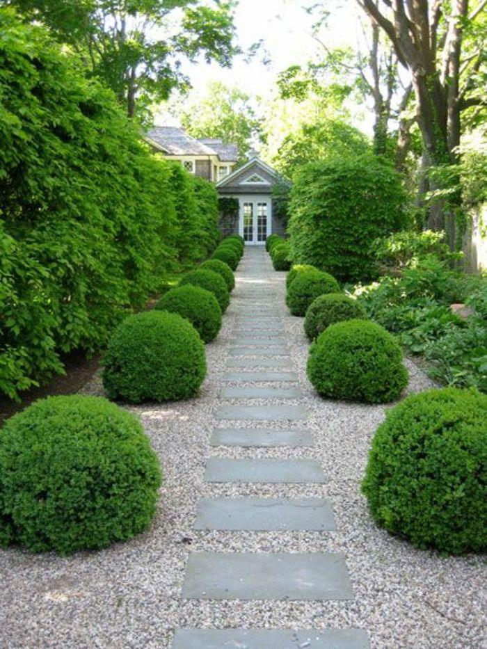 Vorgartengestaltung Gartenweg Büschen