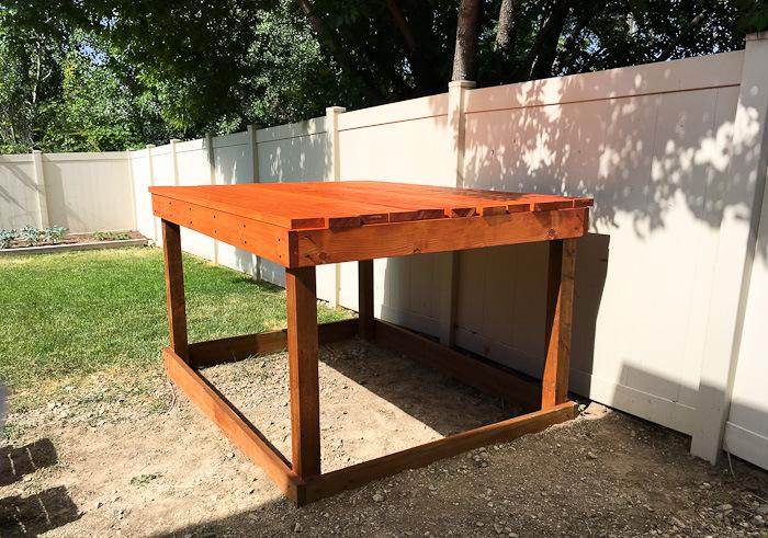 Gartenspielhaus mit Sandkasten Unterkonstruktion DIY
