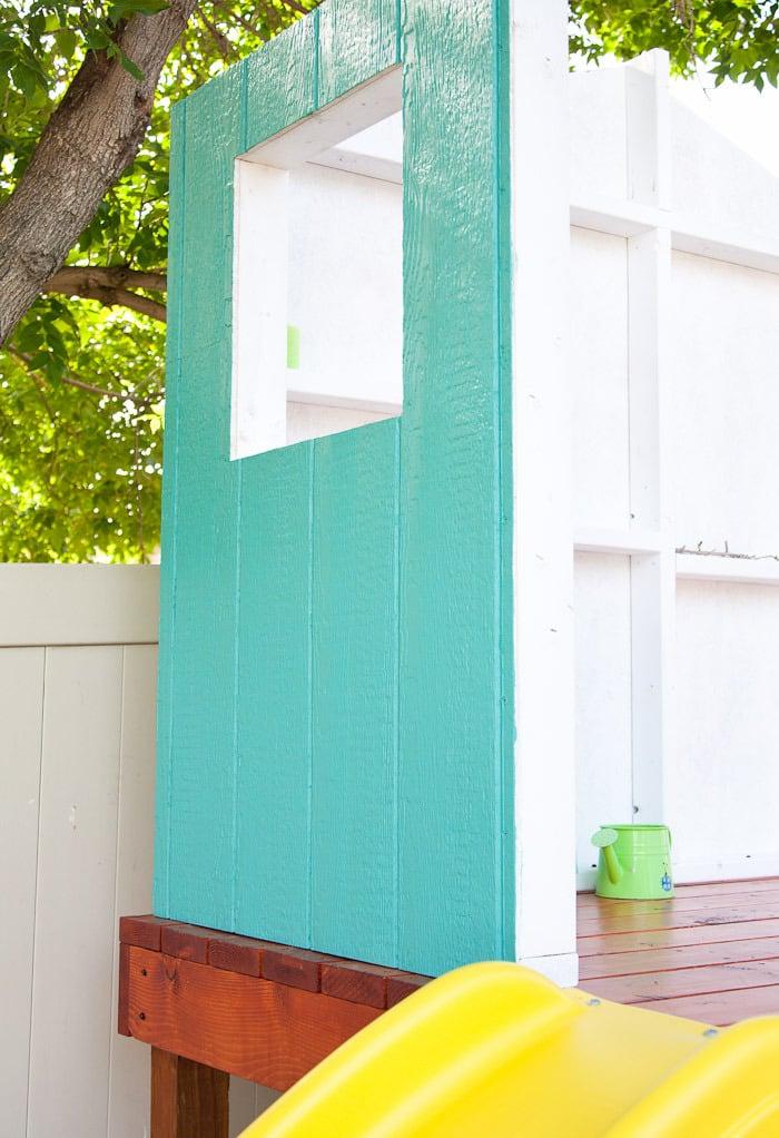 Stelzenhaus Wände streichen weiß türkisblau