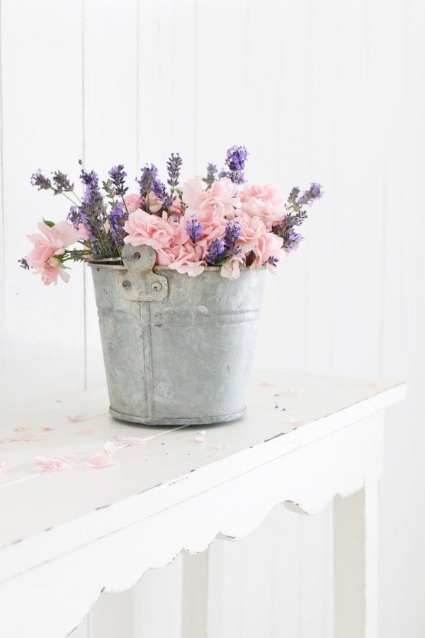Lavendel Deko Ideen mit Blumen