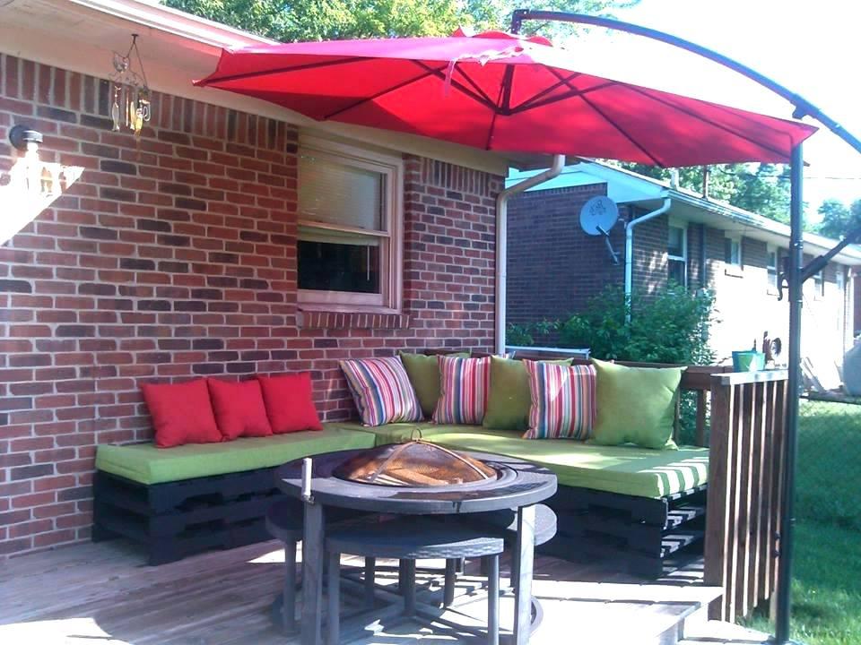 Terasse Palettenmöbel ist wo Sie frische Luft und Bequemlichkeit finden