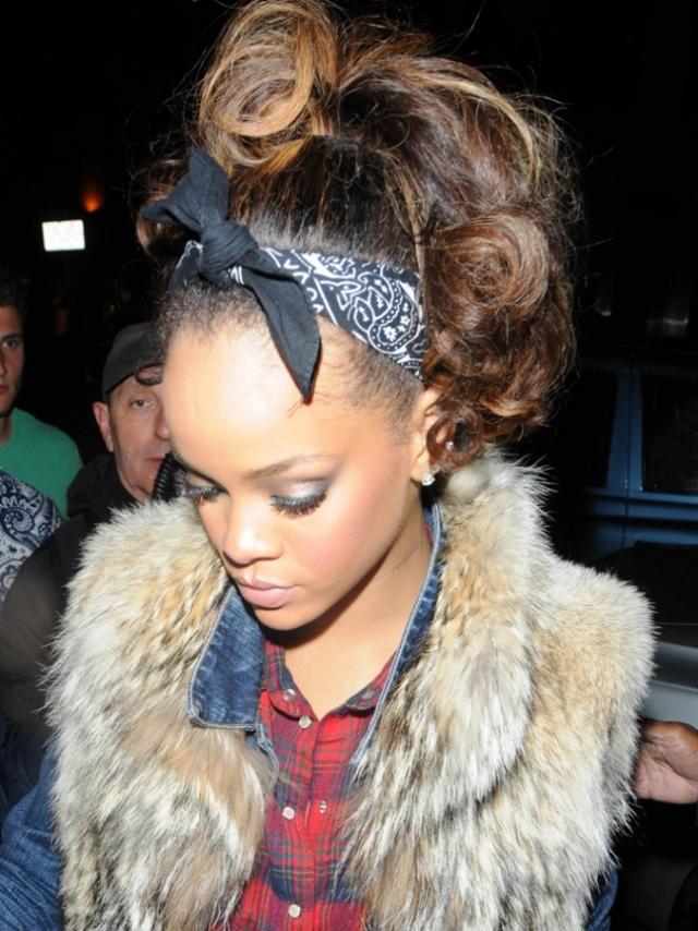 Bandana binden Rihanna