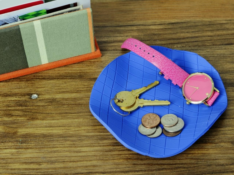Vatertagsgeschenke basteln mit Kindern Schlüssel aus Fimo