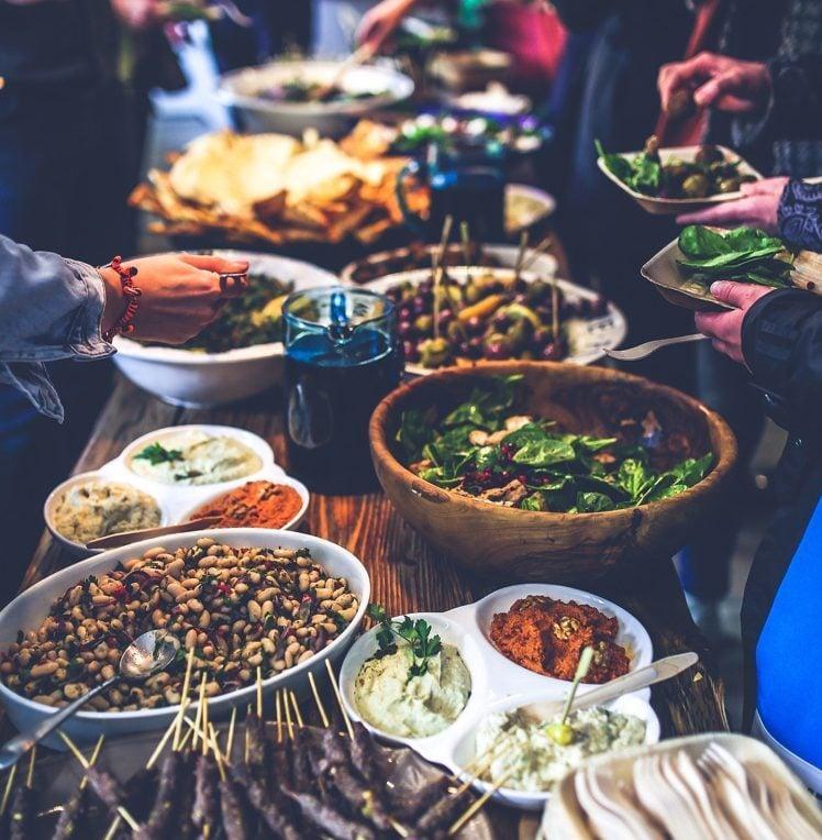 Grillparty organisieren Ideen Speisen