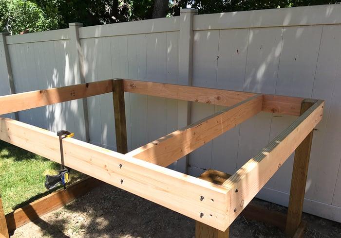 Stelzenhaus selber bauen Fundament