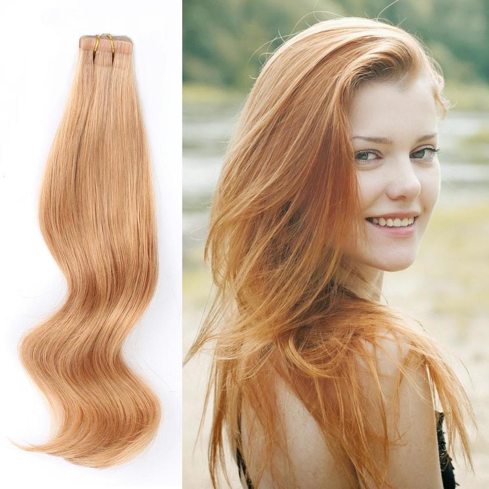 Strawberry Blonde Haare sind diesen Sommer angesagt