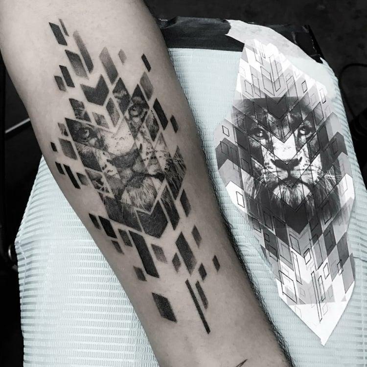 Löwen Tattoo geometrisch abstrakt herrliches Design