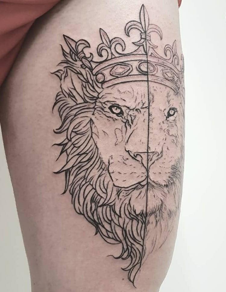 Löwen Tattoo mit Krone interessantes Design