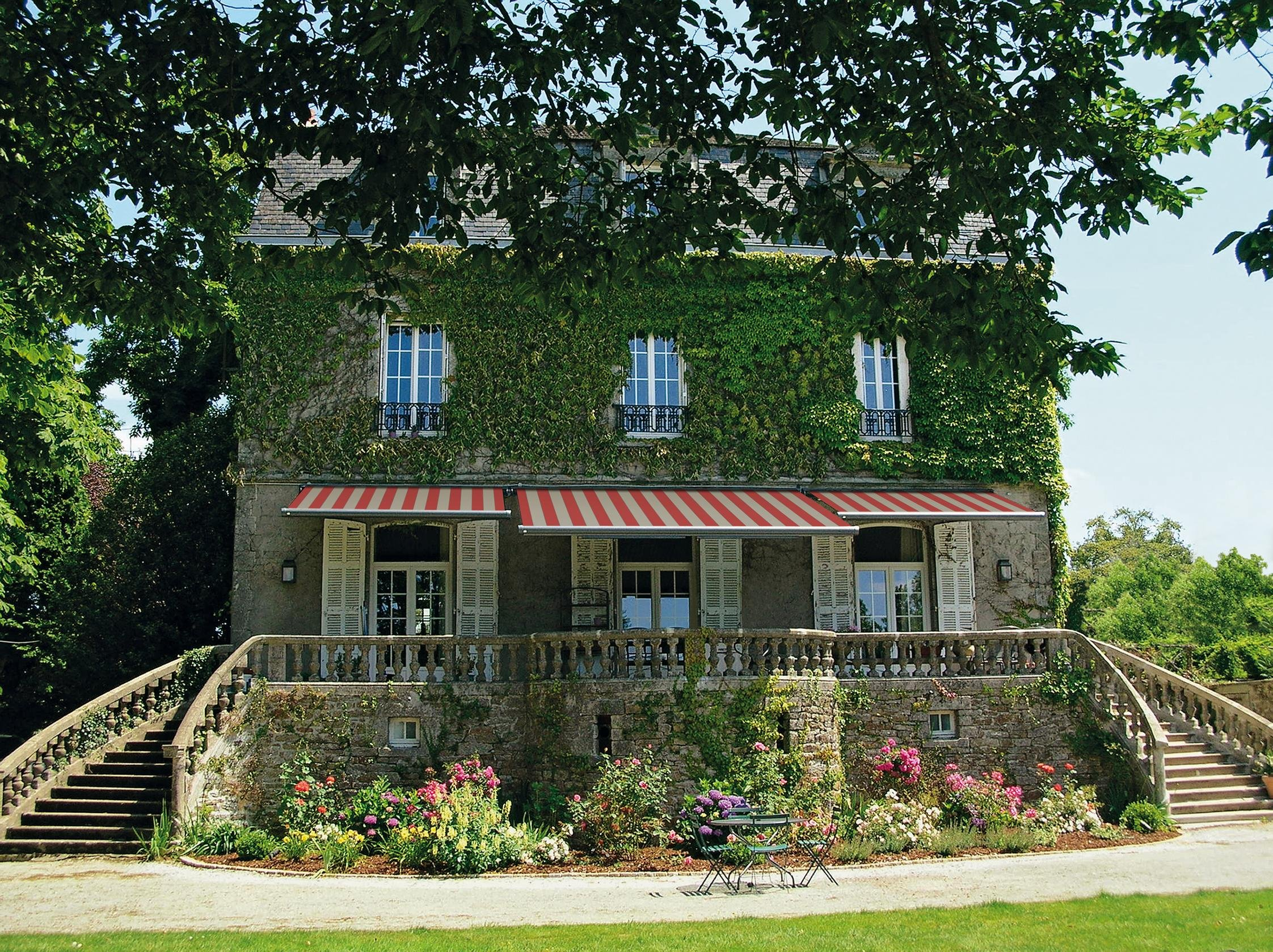 Vorgartengestaltung mit der Hausfassade abstimmen tolle Idee