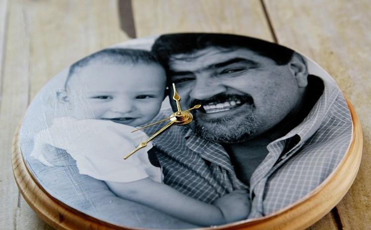 Vatertagsgeschenke basteln mit Kindern Wanduhr