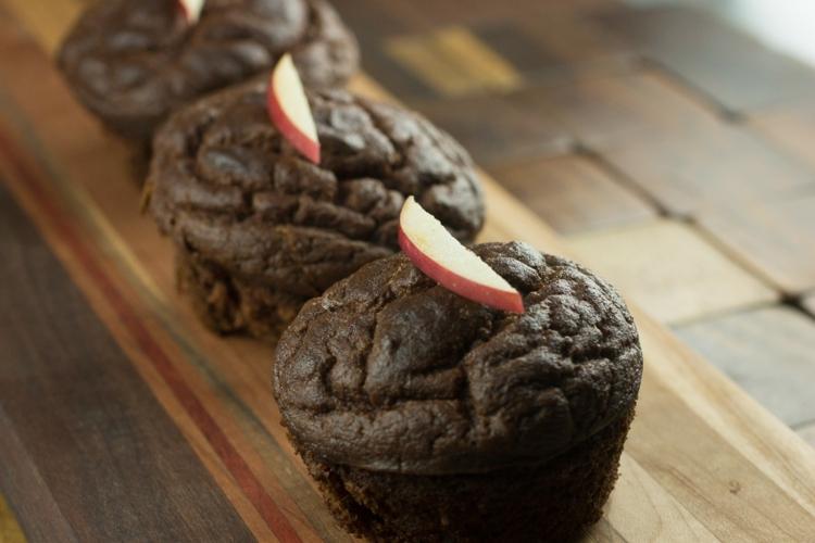 zuckerfreie Muffins mit Zimt und Äpfel Rezept