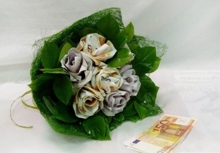 Geldgeschenke originell verpacken Blumenstrauß