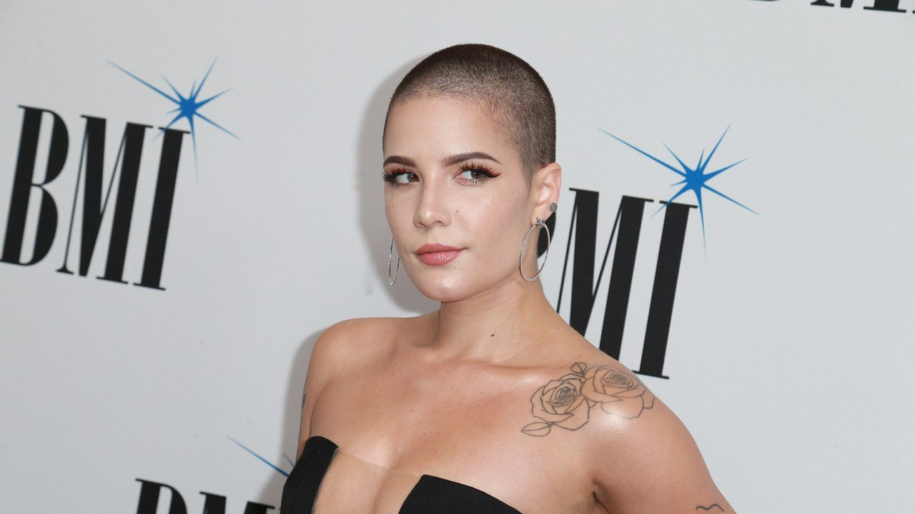 Buzz Cut Stars Halsey