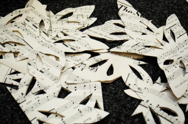 DIY Schmeterlinge aus Notenpapier
