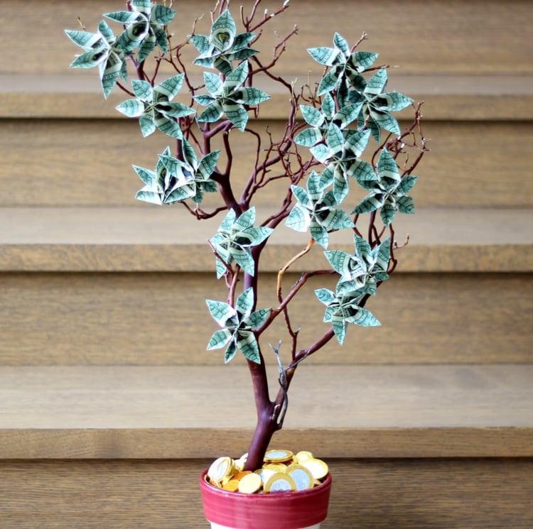 Geldgeschenke originell verpacken Geldbaum Blumen