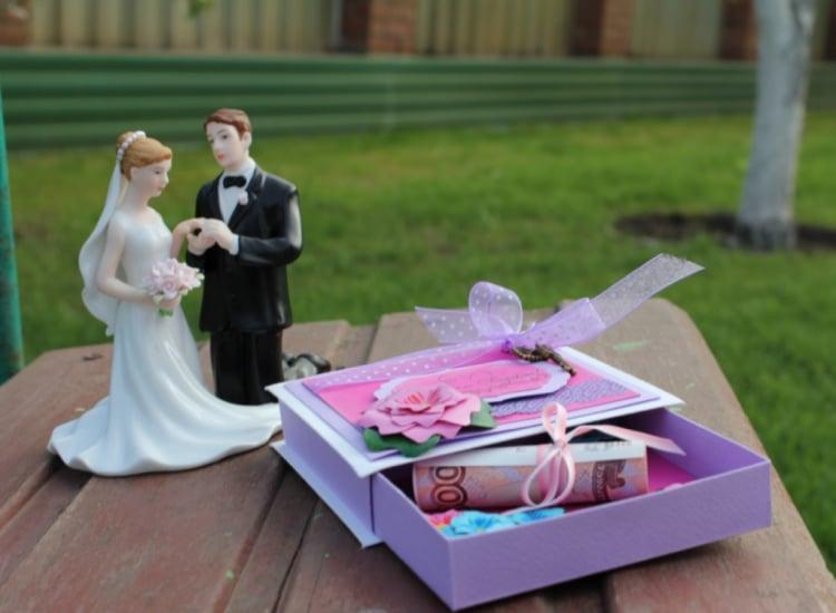 Geldscheine Geschenk schöne Geschenkbox Hochzeit