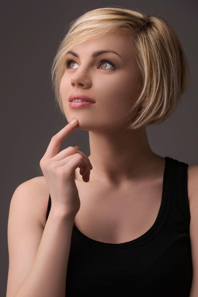kurzer Bob blonde Haare