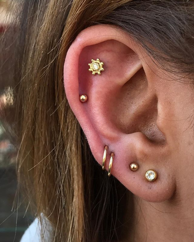 High Lobe Piercing moderne Ideen