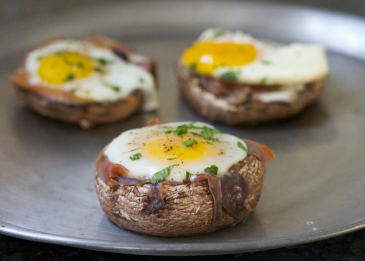 gefüllte Pilze mit Eiern gesunde Rezepte