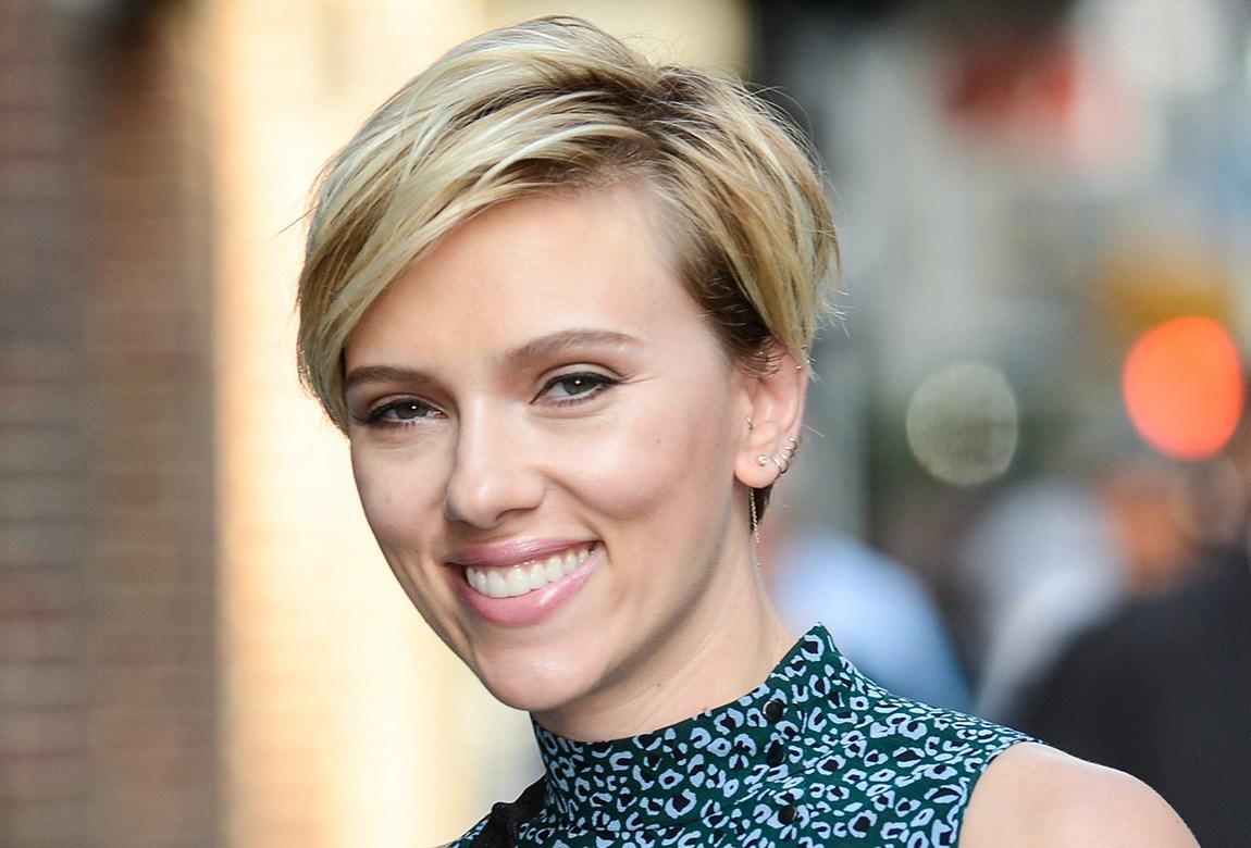 Pixie Cut stilvoll Scarlett Johansson