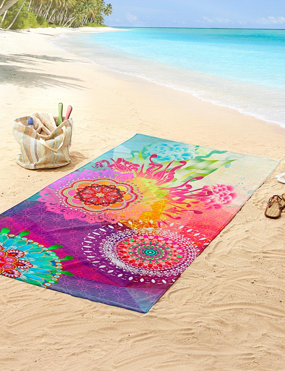 Tuch zum Liegen tragen Strand