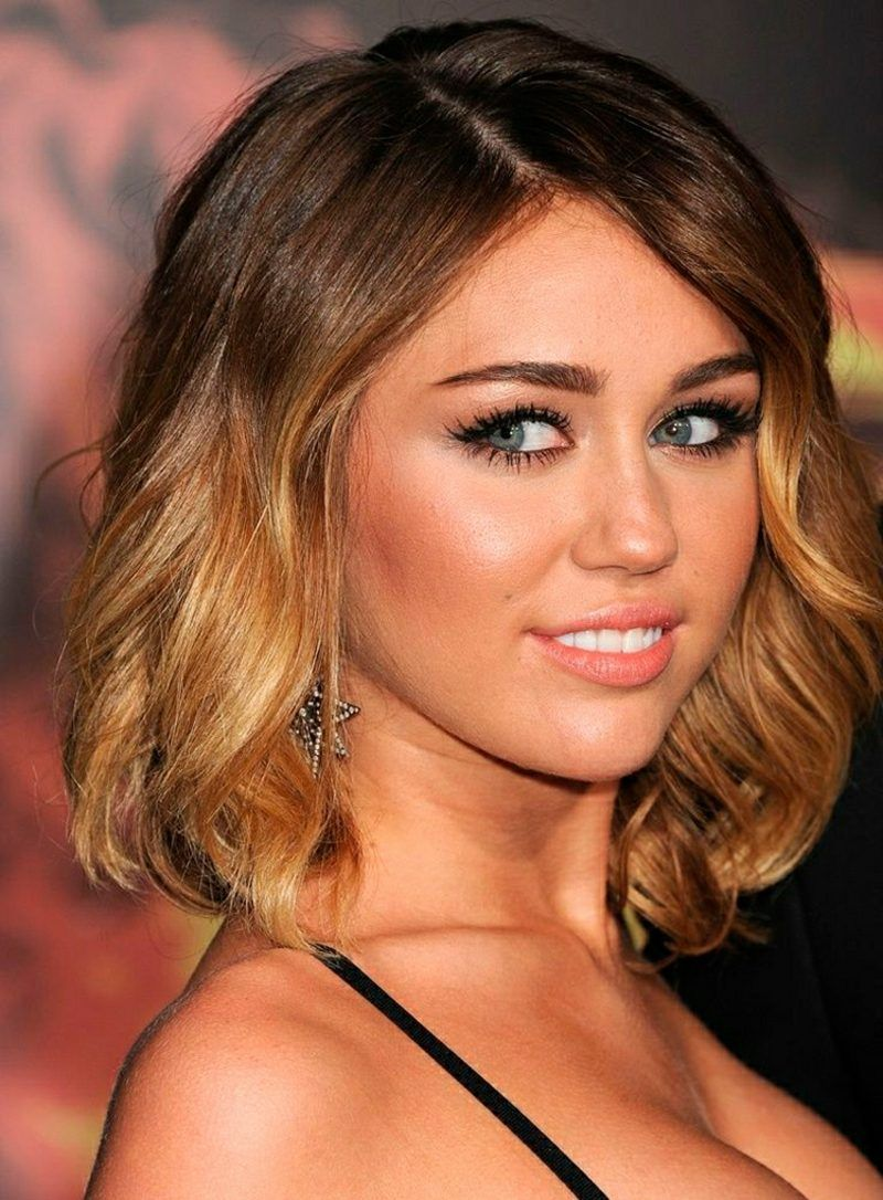 Damenfrisuren elegant Miley Cyrus
