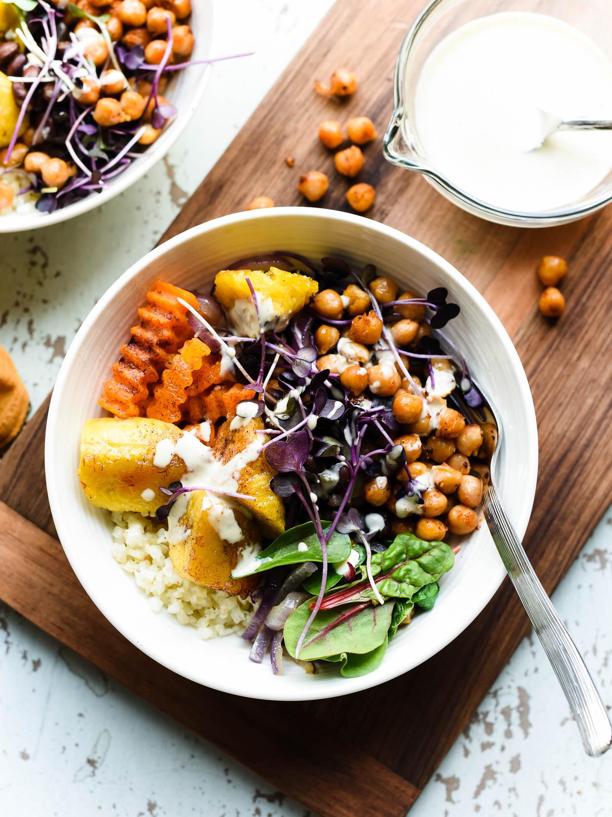 Buddha Bowl Rezepte KIchererbsen Gemüse vegetarisch