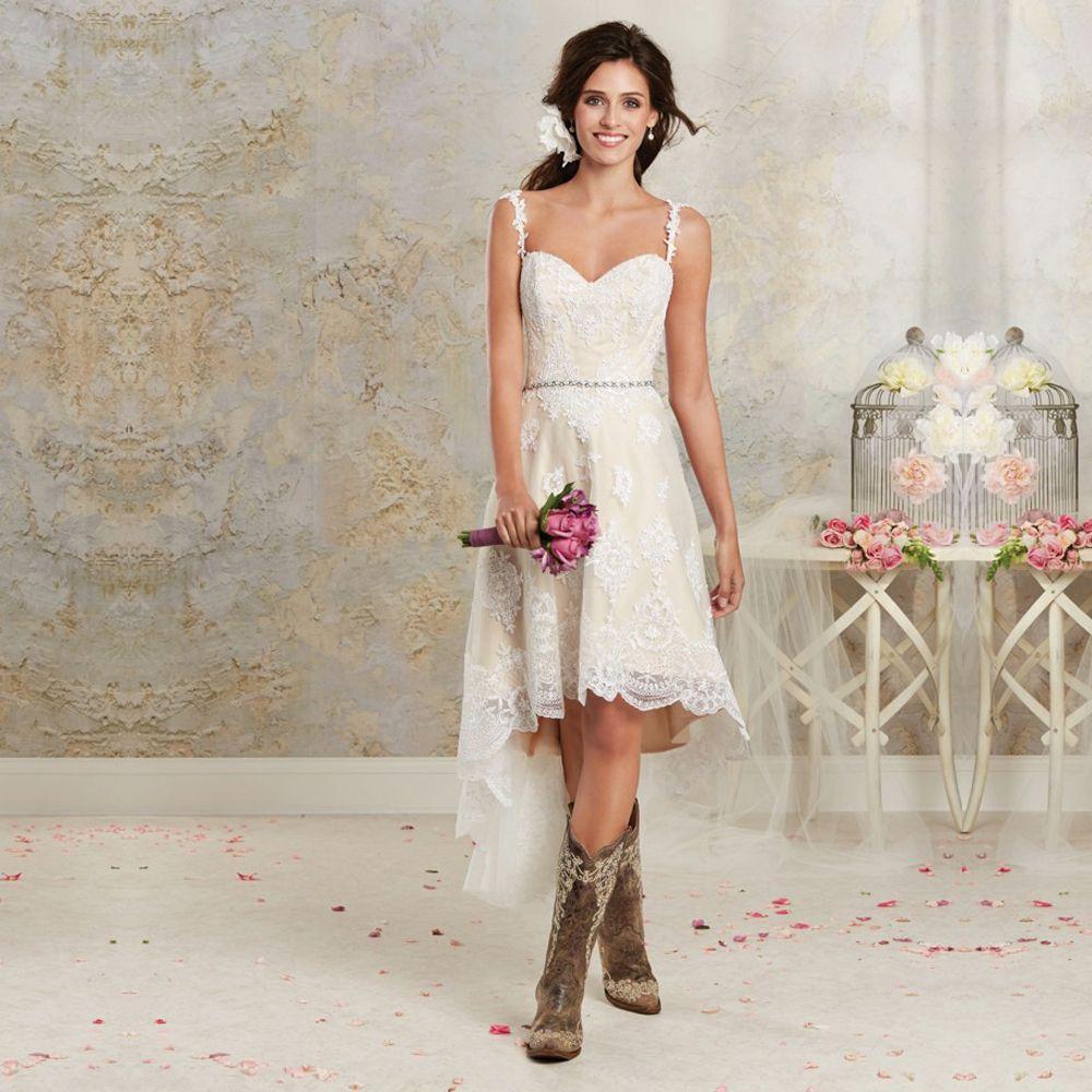 Hochzeitskleid asymmetrisch casual Stiefel Country Look