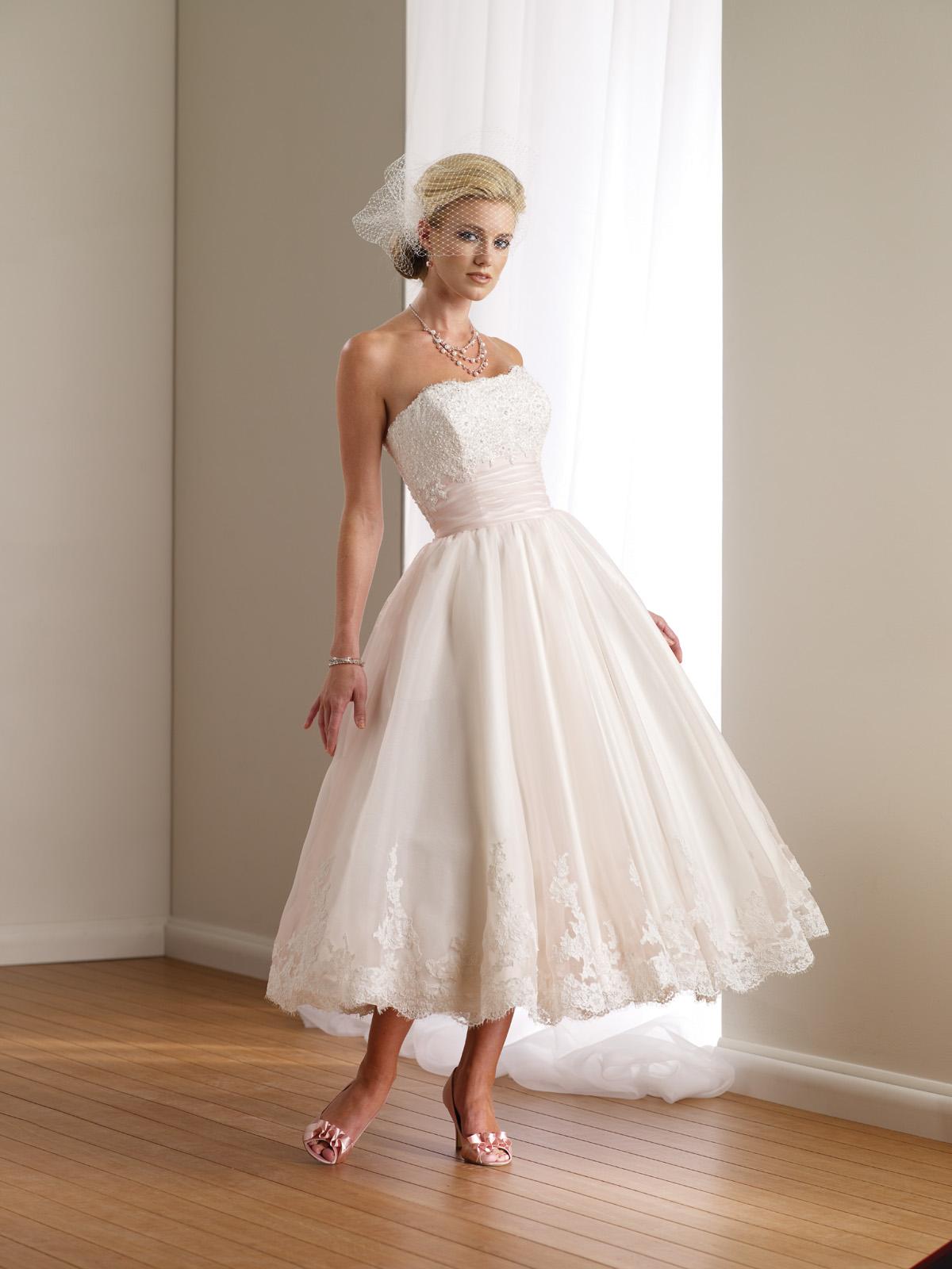 Hochzeitskleid kurz Vintage Stil
