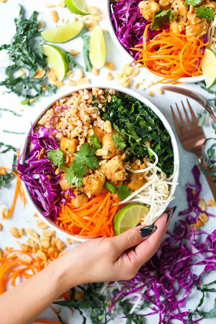 Schüssel Gemüse und Hähnchenfleisch Mittagessen