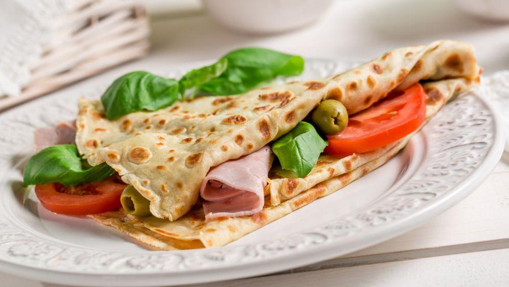 glutenfreie Rezepte Crepes mit Schinken, Oliven und Gemüse