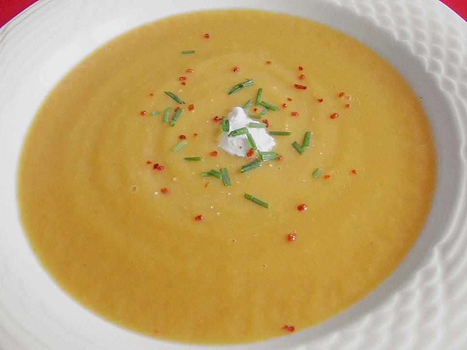 leichtes Abendessen cremige Gemüsesuppe