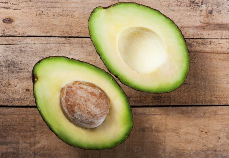 Punkte-Diät gesunde Fette Avocado essen