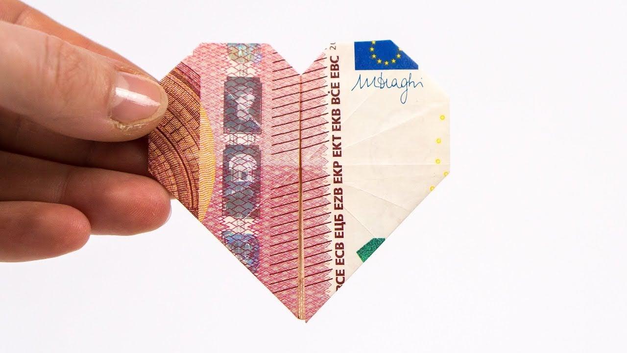 Geld falten Herz wie geht es