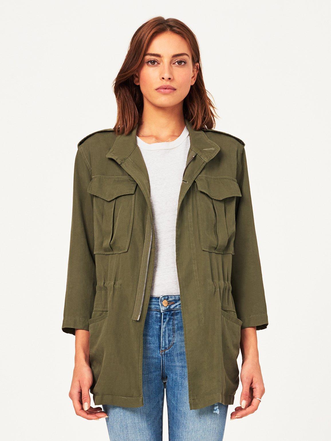 Military Jacke Damen tragen modern