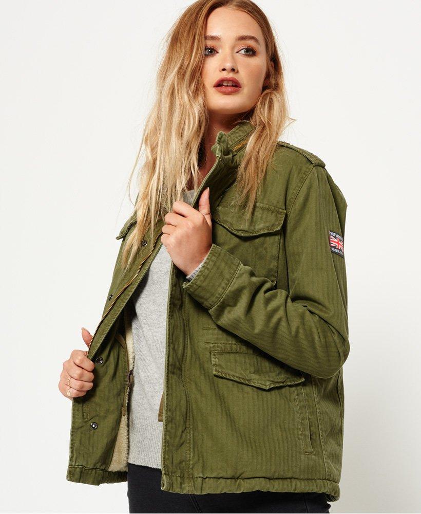 Military Jacke Damen gelungen kombinieren Modetipps