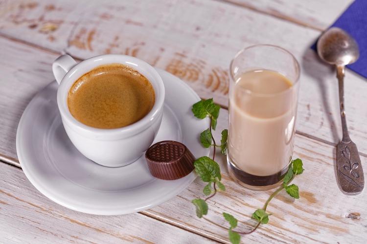 Kaffee trinken Aufmunterung