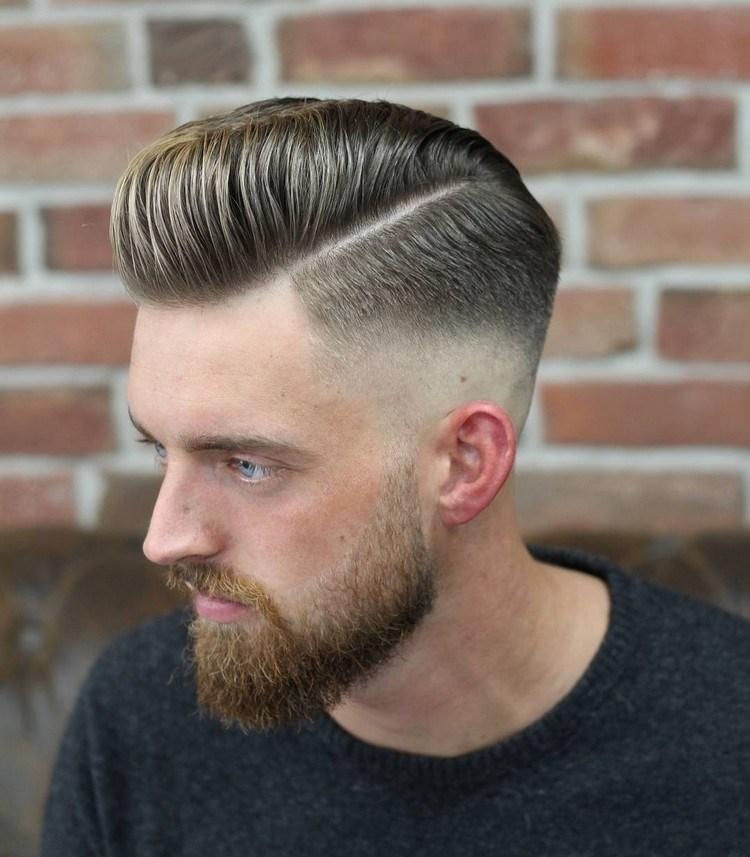 der beliebte Pompadour Haarschnitt