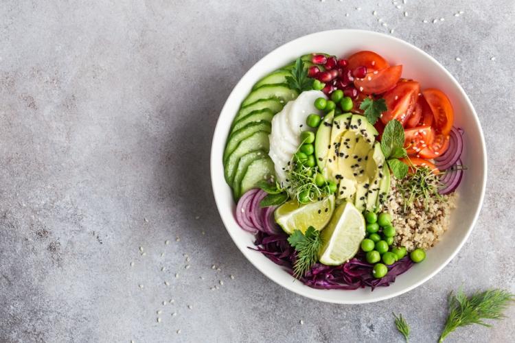 Punkte-Diät gesunde Salate zubereiten