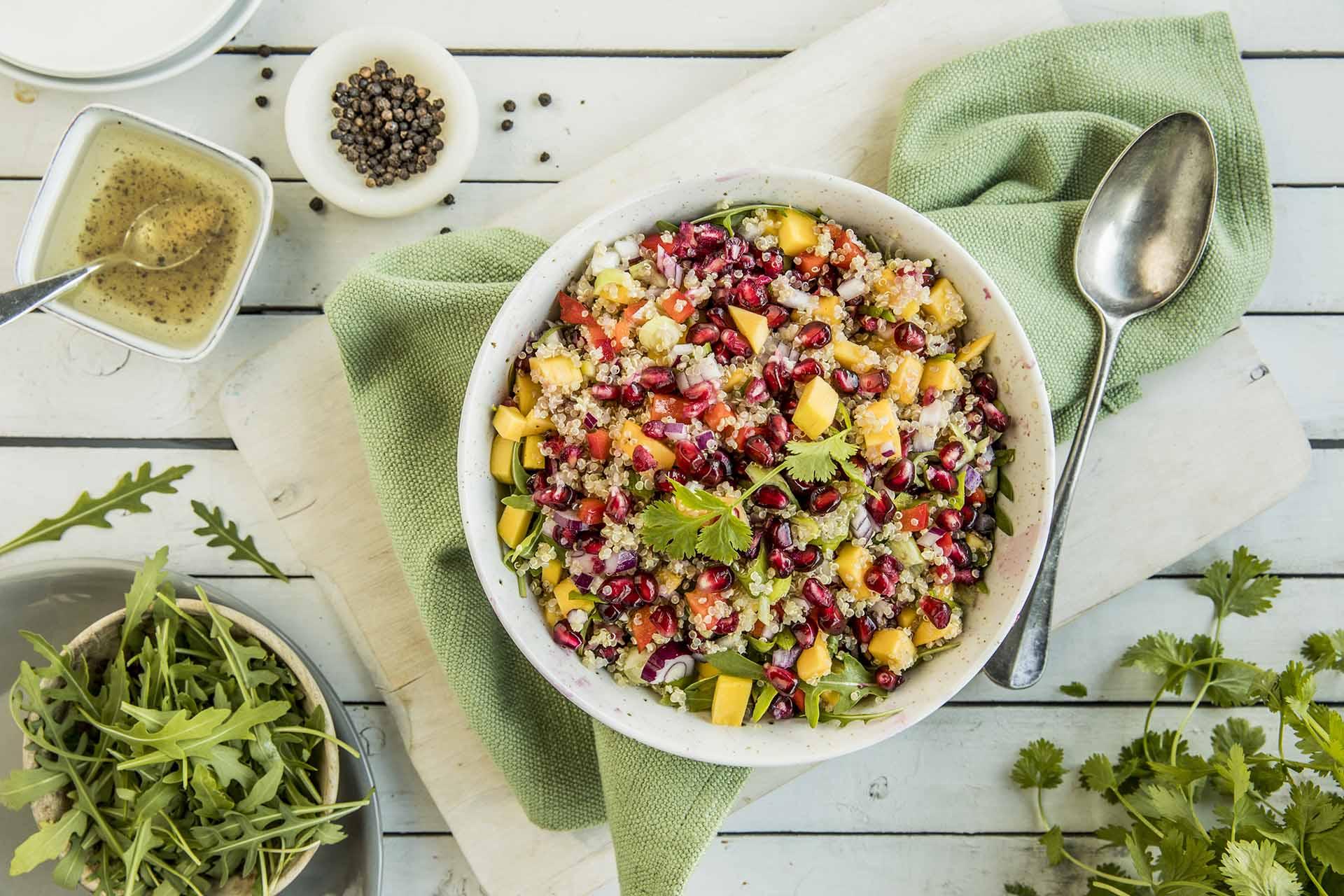 leichtes Abendessen Quinoasalat
