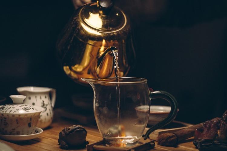 Getränke mit Koffein schwarzer Tee