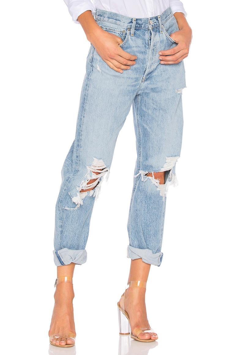 transparente Absatzschuhe mit Jeans kombinieren