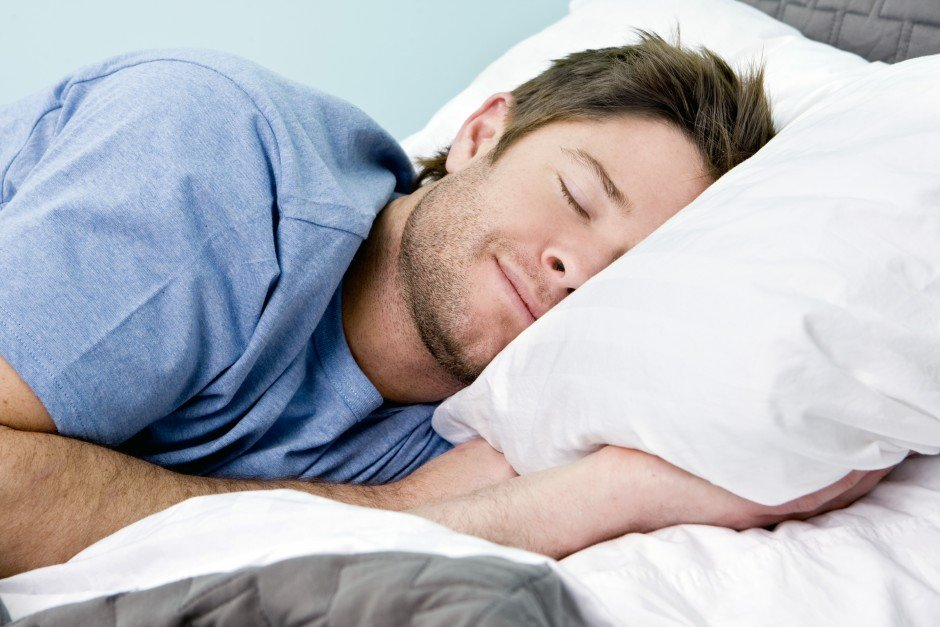 flacher Bauch Tipps genug schlafen