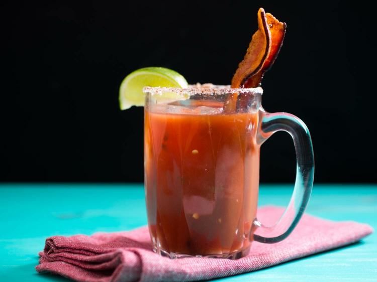 Sommercocktail Wodka unf Tomatensaft