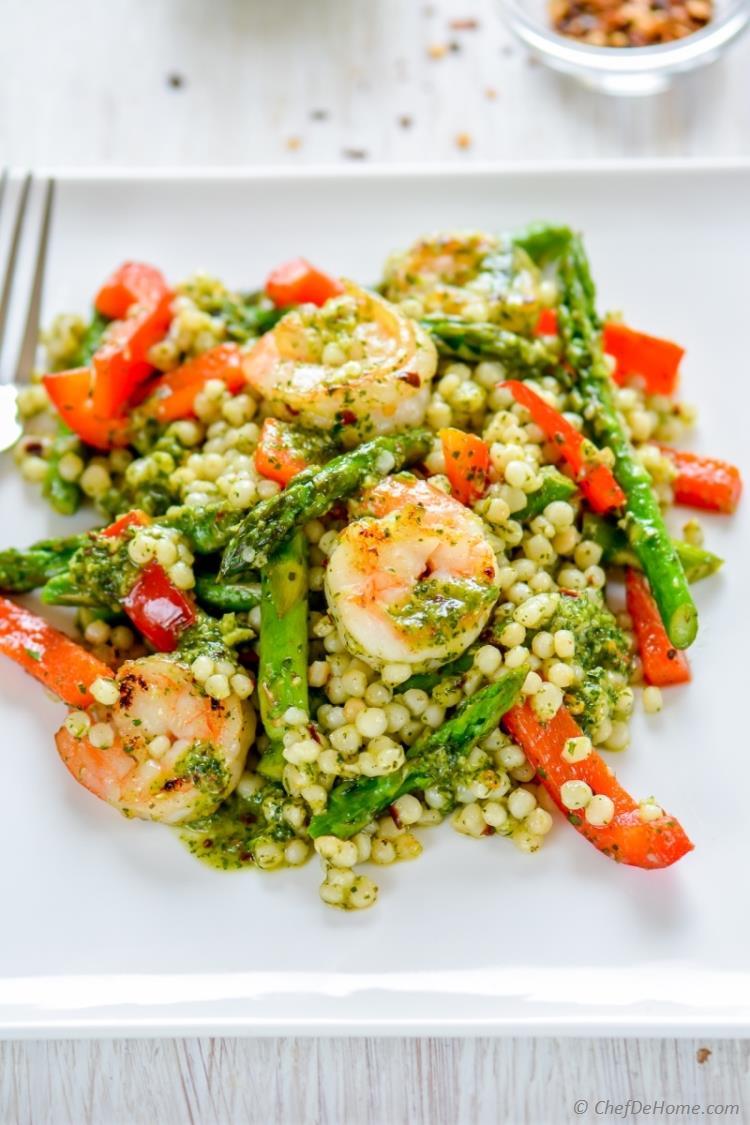 Shrimps Rezepte gesunder Couscous Salat Gemüse